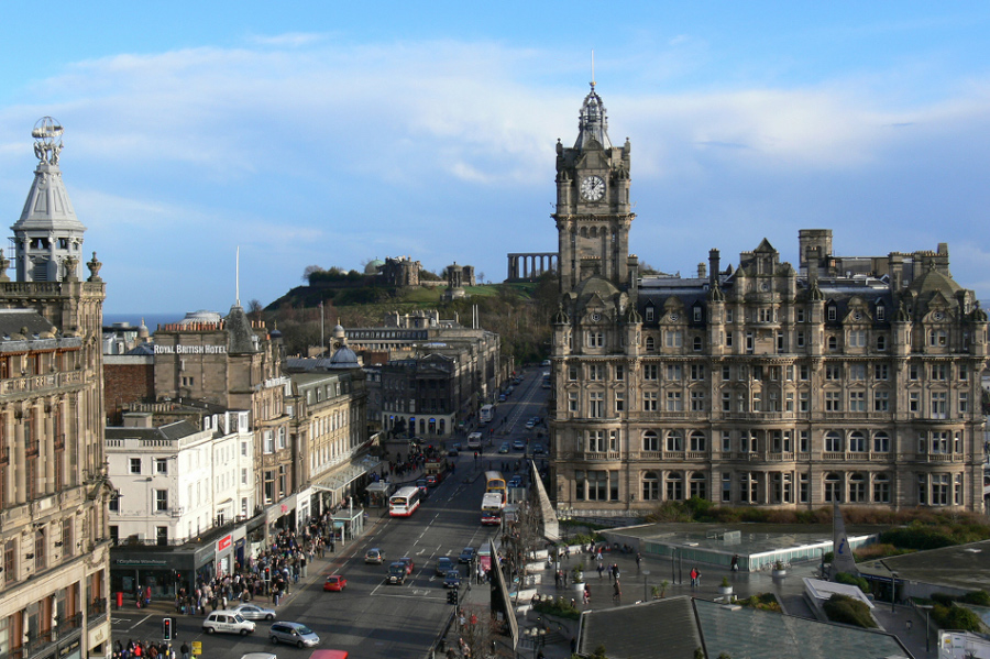EDINBURGH Car Hire