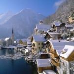 Hallstatt_in_Winter_Austria