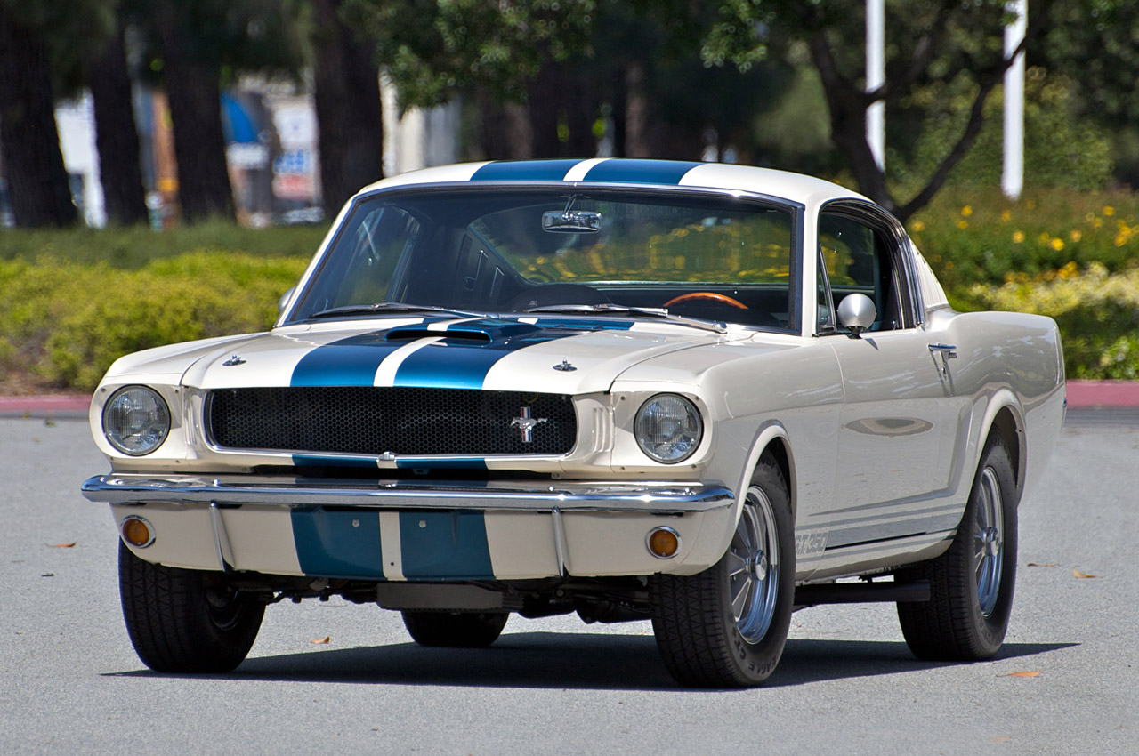 (A couple of) Carroll Shelby's greatest creations