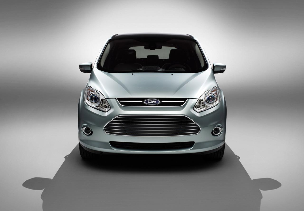 Ford's C-Max Energi plug-in hybrid