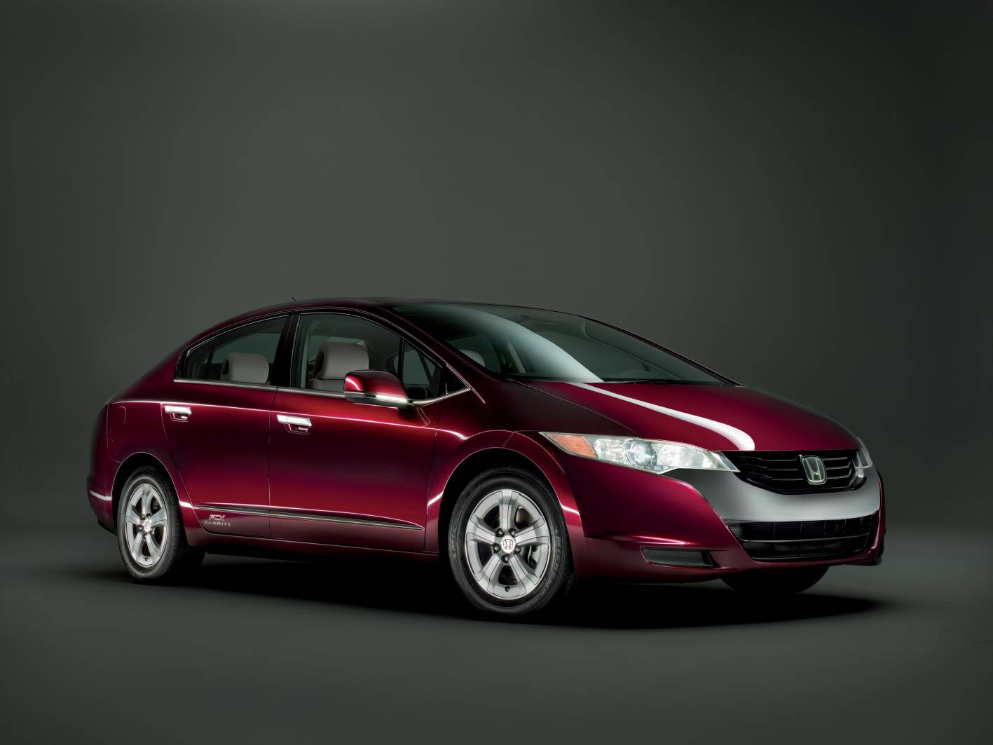 Honda and hydrogen fuel-cell vehicles