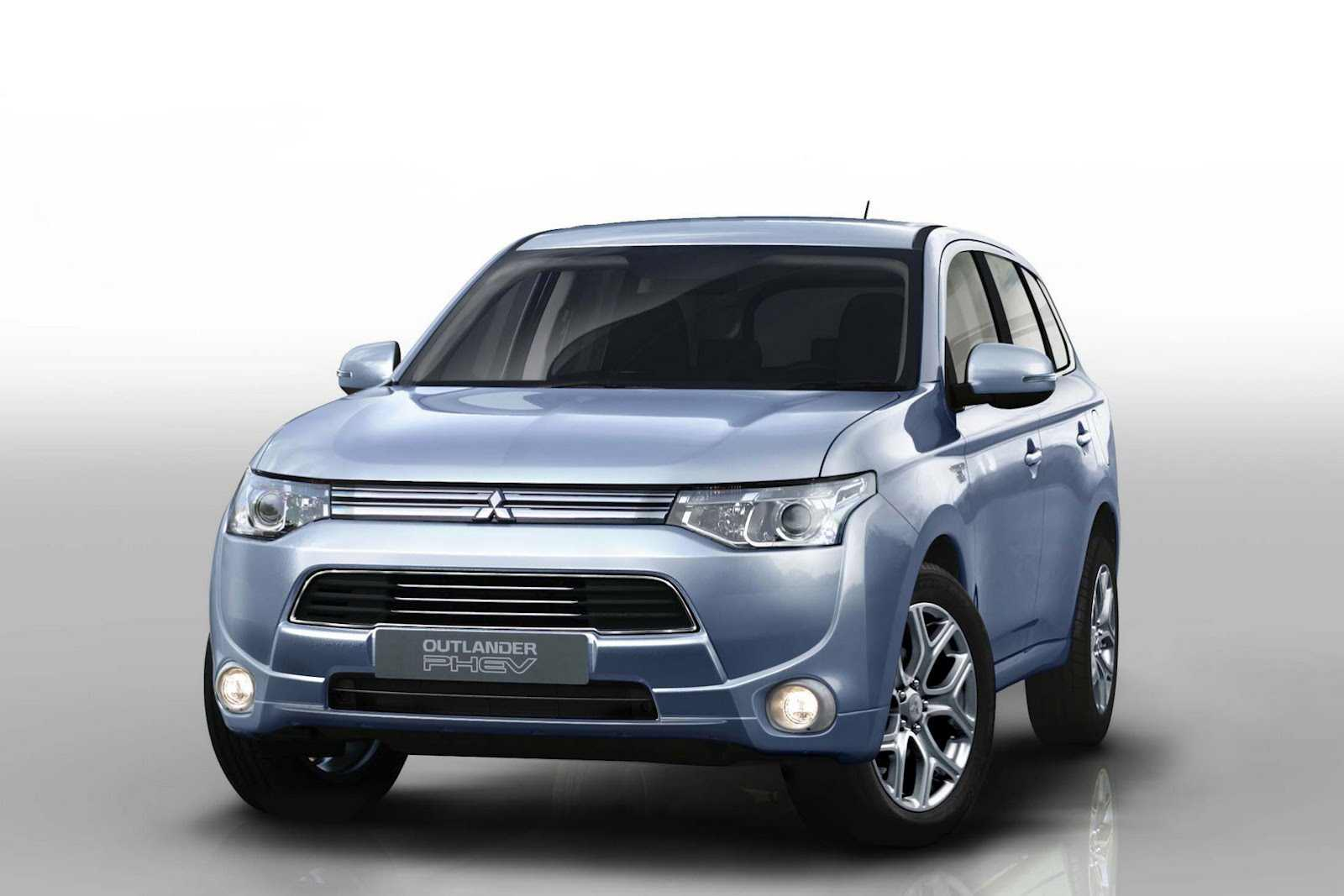 The Mitsubishi Outlander PHEV has been revealed