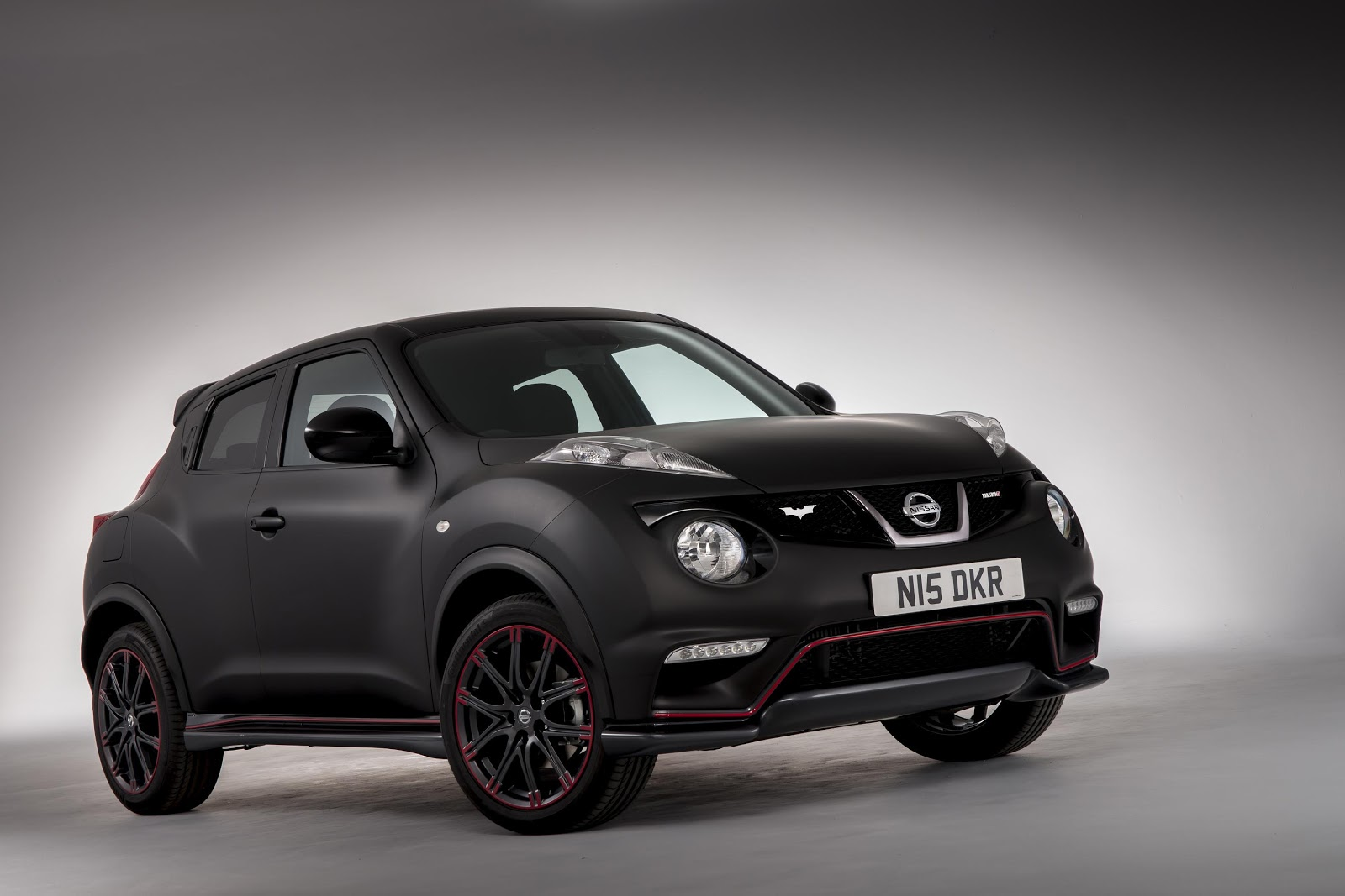 Nissan makes a Juke tribute to The Dark Knight Rises