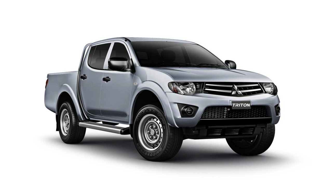 2013 Mitsubishi Triton updates standard and lowers price