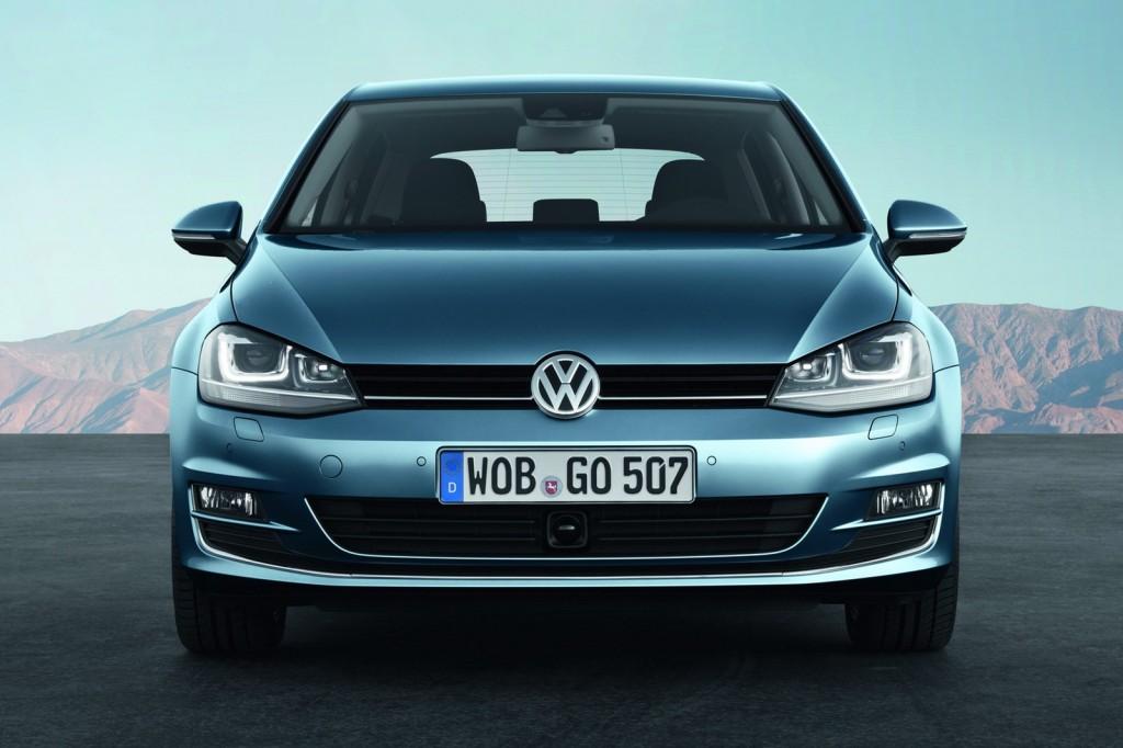 2013-Volkswagen-Golf-MK7