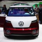 Volkswagen-Bulli-Hybrid-Concept-at-Geneva-2011-Picture-3