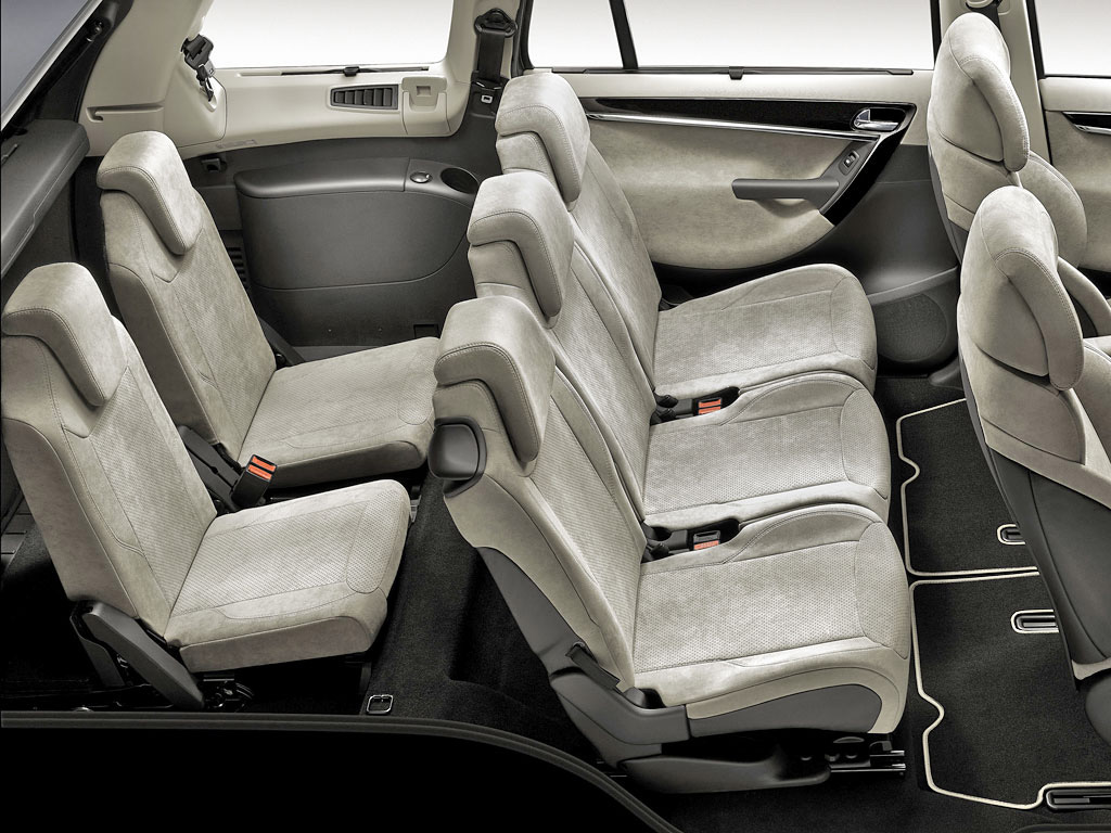 Citroen reveals seven-seater C4 Grand Picasso