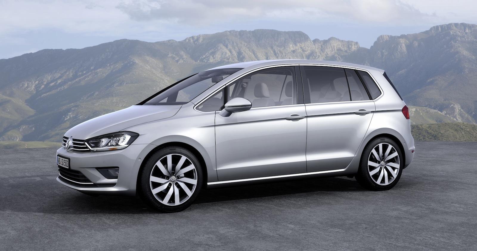 Volkswagen Gold Sportsvan concept previewed