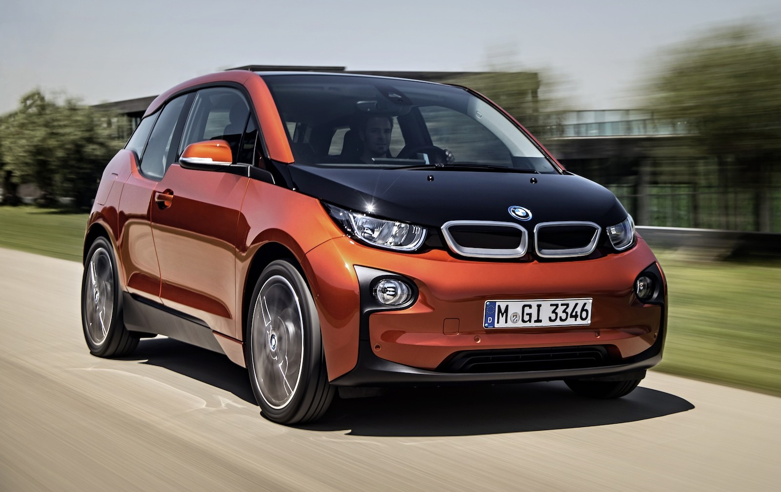Is the BMW i3 EV better than the Tesla Model S?