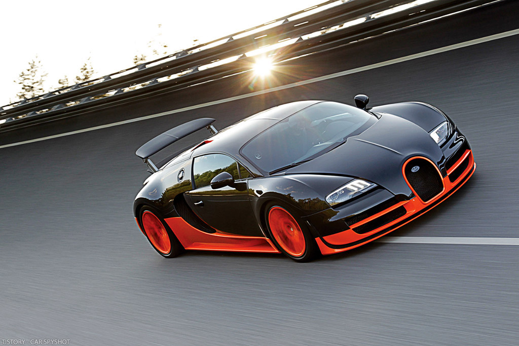 Fire on Wheels: Bugatti Veyron Super Sport