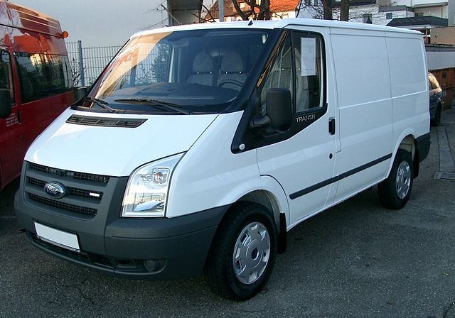 Renting a commercial car in Portugal