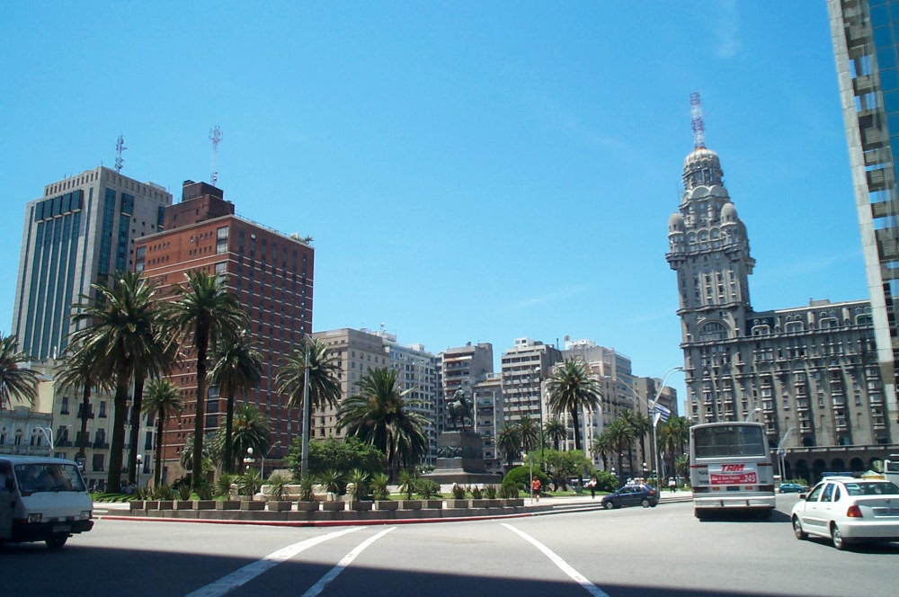 Montevideo Car Hire